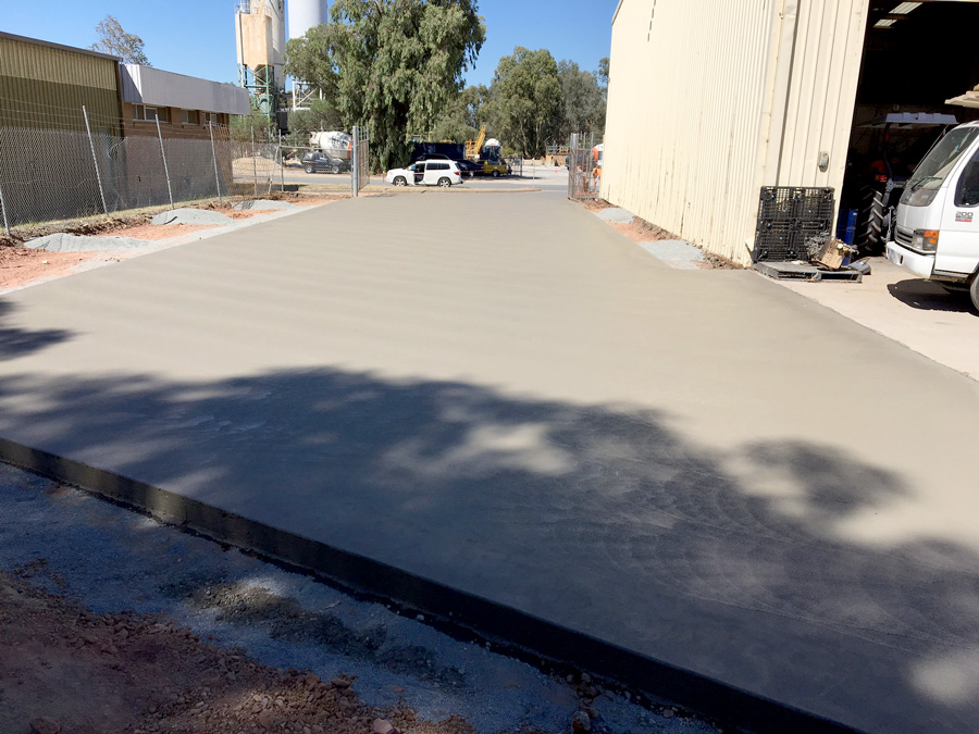 Large commercial driveway